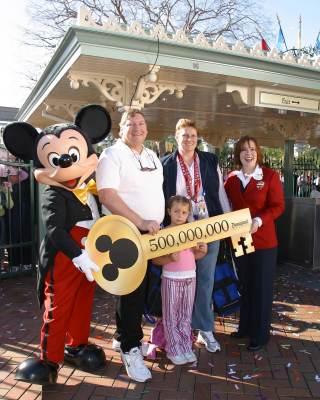 Disneyland 500 Millionth Guest - 2004